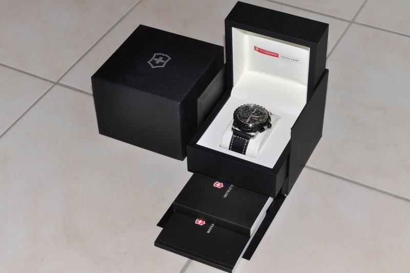 Box 03.jpg