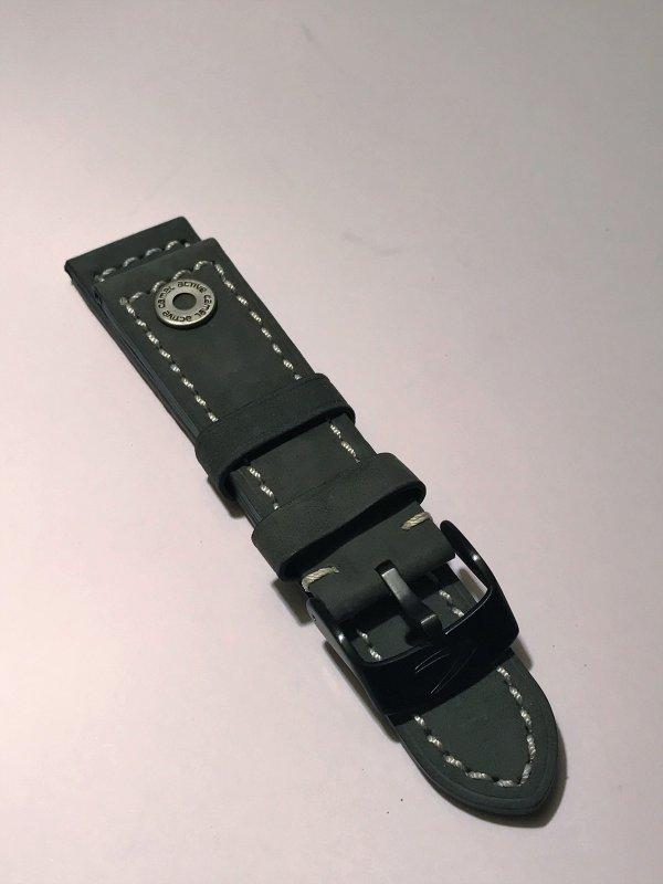 Erledigt] CAMEL Active Lederband 24mm grau, ungetragen
