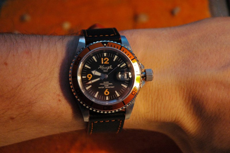 Kienzle Diver Orange 11.jpg