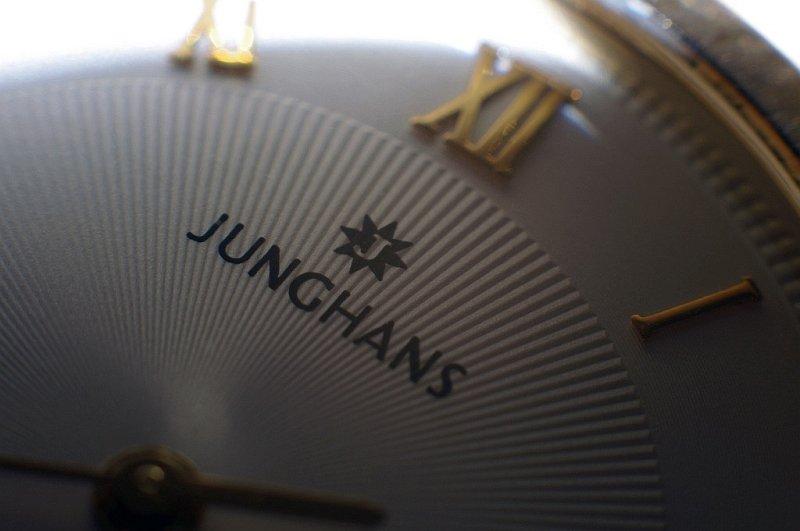 Junghans02.jpg
