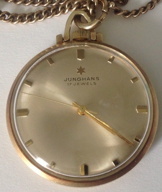 Junghans_17jewels_585gold_front-2.jpg