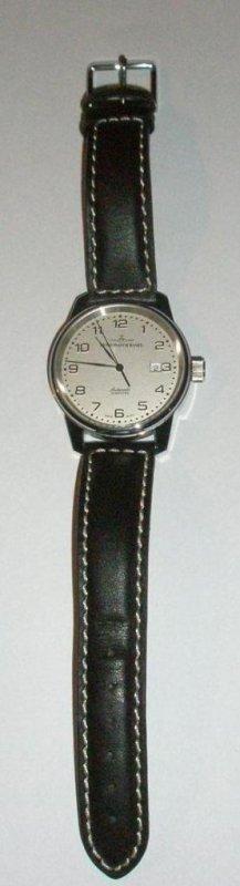 P3020103 (Custom).jpg