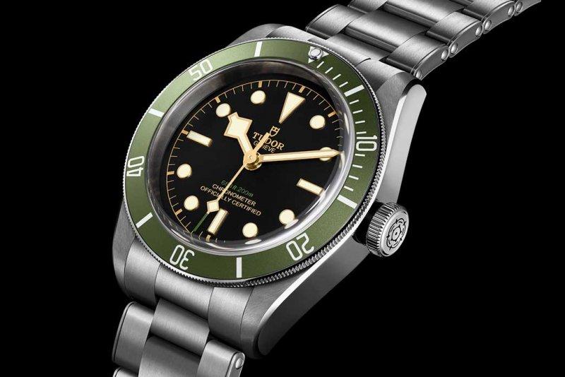 04-Tudor-Black-Bay-for-Harrods-Special-Edition-1.jpg
