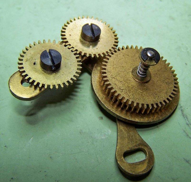 5439-Getriebe-der-Mondfase.JPG