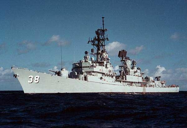 HMAS_Perth..jpg