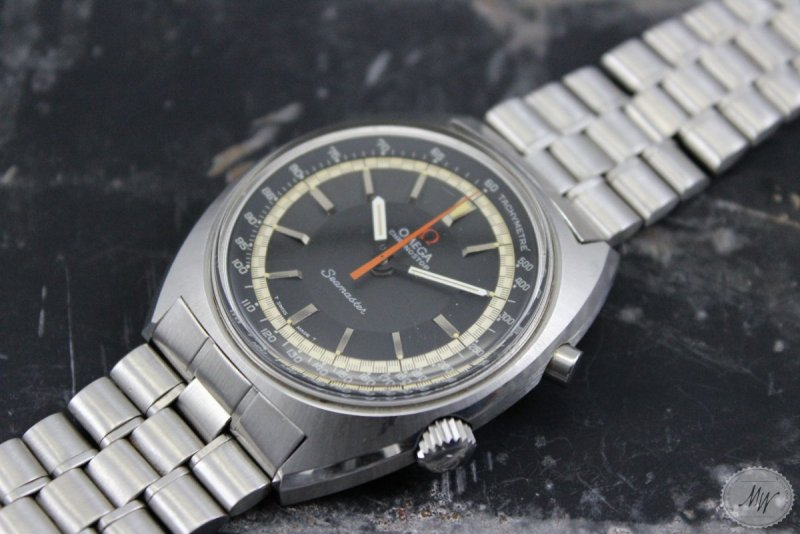 Omega-Seamaster-Chronostop-front-and-crown-reduced.jpg