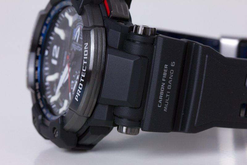 Casio_GPW-1000-1AER_03b.jpg