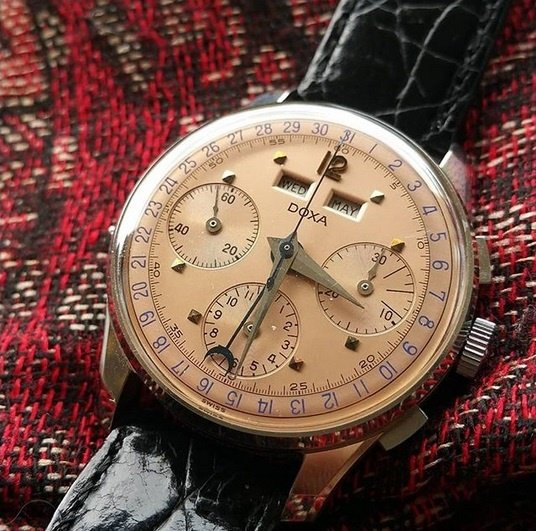 doxa salmon dial day date month chronograph.jpg
