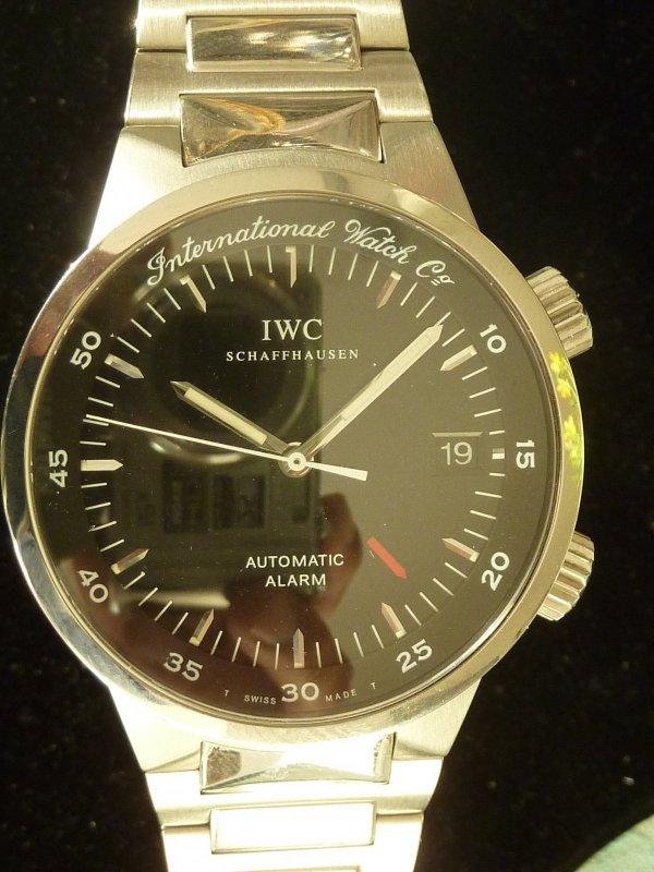 IWC schwarz Stahl (1).JPG
