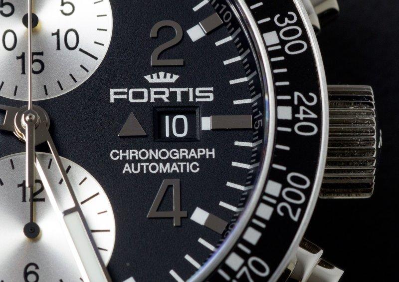 Fortis_Stratoliner-LE_M_011.jpg