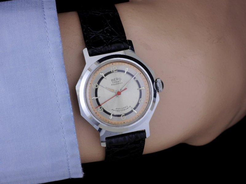 Berg-Parat-Aquarex_Wrist_1024x768.jpg