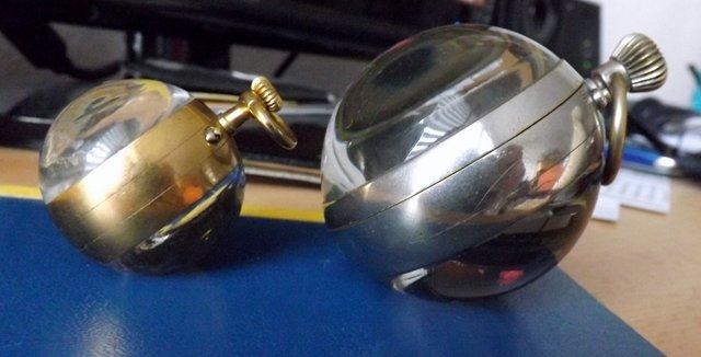 Kugeluhr vergleich1.jpg