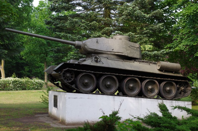 T-34 Lalendorf 02.JPG