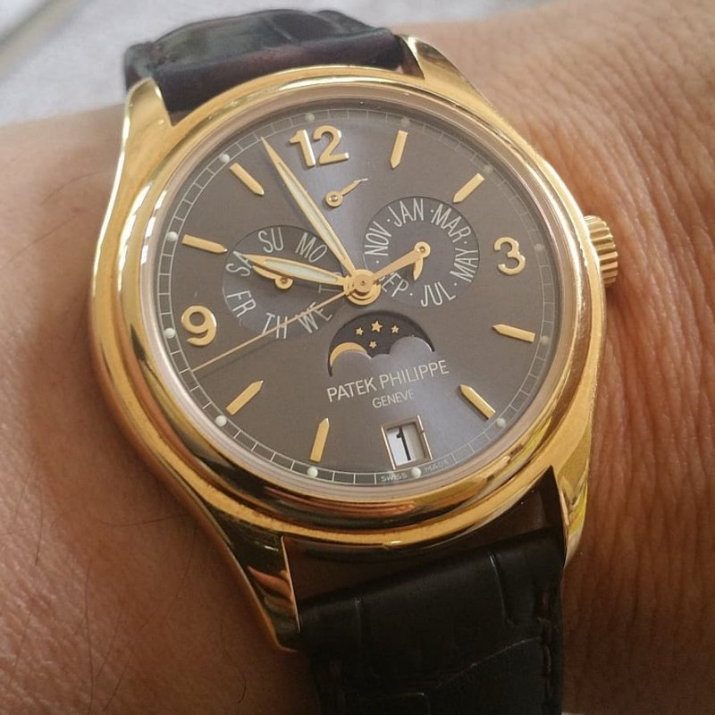 patek 5146 rosegold brown dial awesome annual calendar.jpg