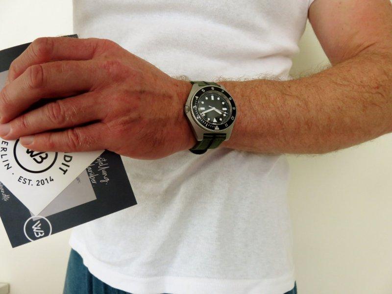 WB Wrist weit.jpg
