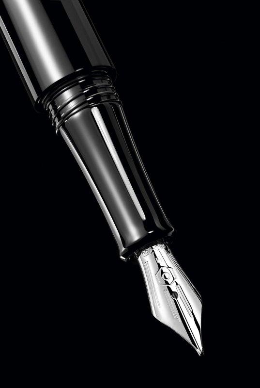 Caran-d-ache-timegraph-fountain-pen-mechanical-watch-2.jpg