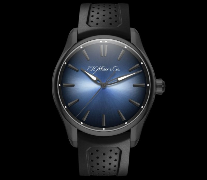H.-Moser-Cie.-Pioneer-Centre-Seconds-Funky-Blue-Black-Edition-2.jpg