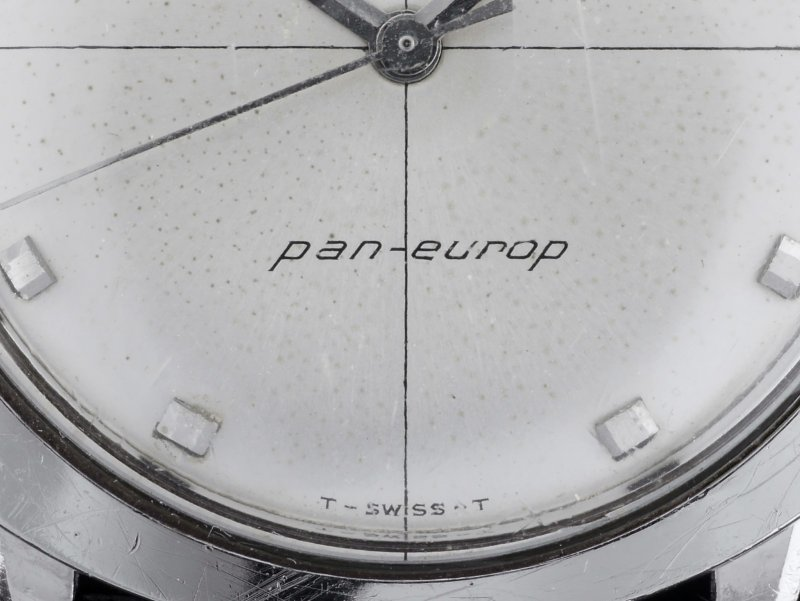Hamilton-63009-3_pan-europ_03_1600.jpg