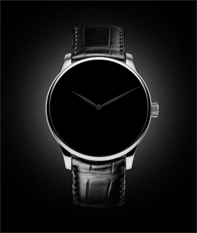 Venturer_Black-black.jpg
