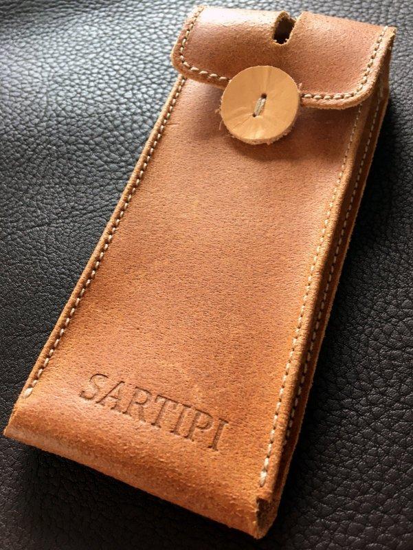 Sartipi_Uhr_Case.jpg