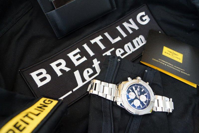 Breitling A13371 Super Avenger8.JPG