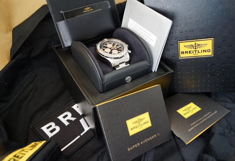 Breitling A13371 Super Avenger9.JPG