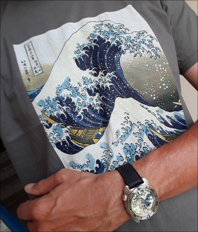 20200729_075602_Kanagawa_Tropic_T-Shirt.jpg