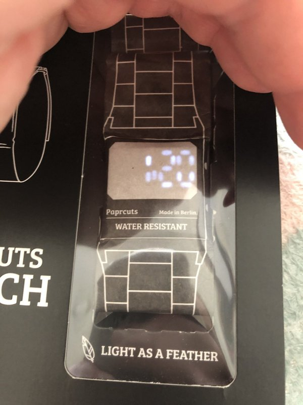 Papercuts Uhr