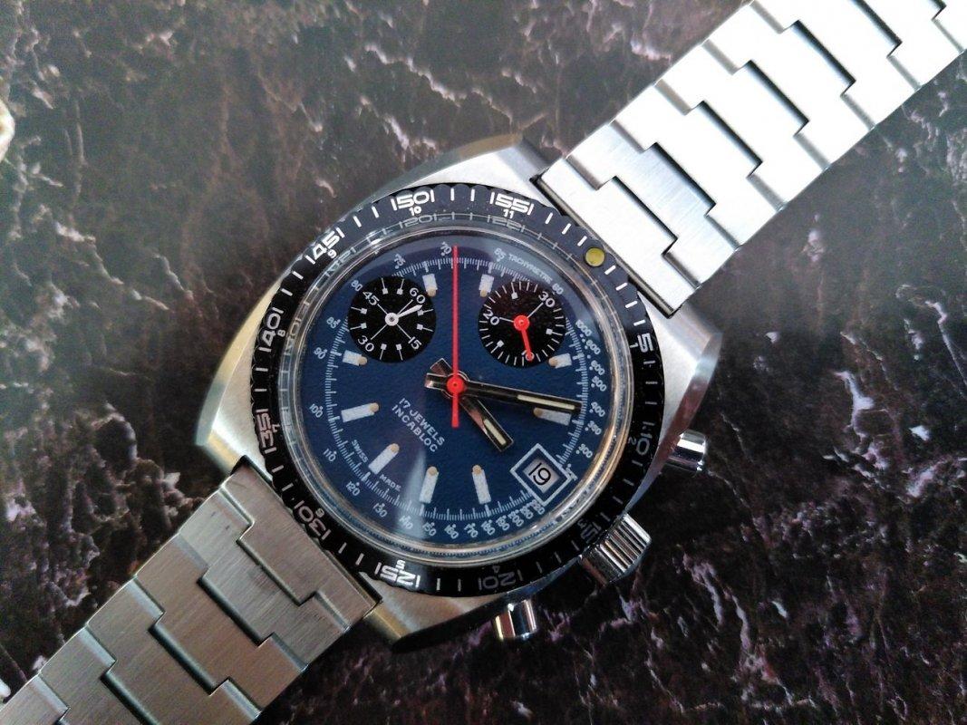 nivada-7736-exotic-dial.jpg
