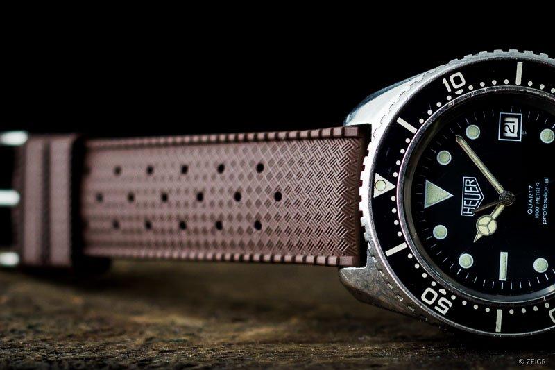 Uhrenarmband Kautschuk 20mm braun -9822-2.jpg
