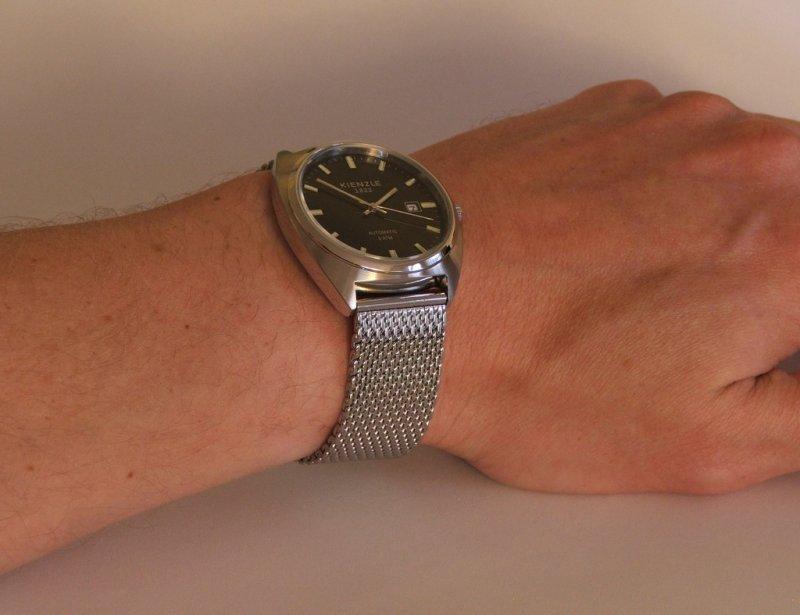 11 - Wrist 1.jpg