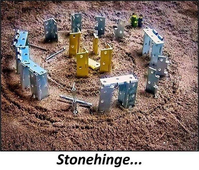 Stonehinge_b.jpg