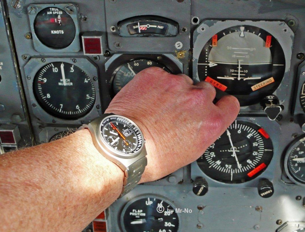Sinn-Cockpit-neu.jpg