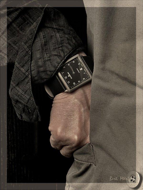 09_Wrist_dunkel.JPG
