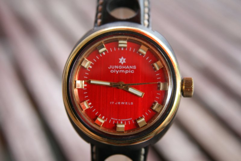JUNGHANS Olympic Rot HIRSCH Racing Armband (4).jpg