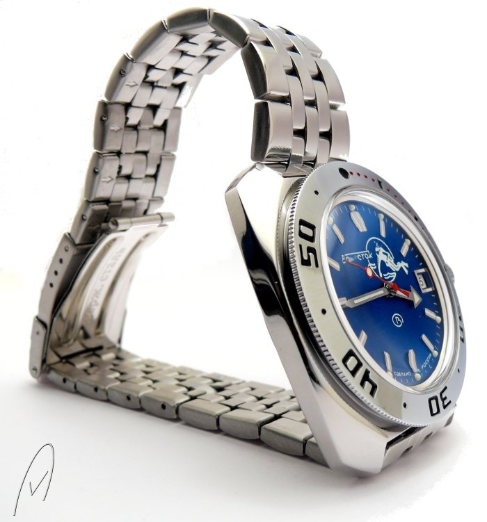 Blue_Diver_Ministry_Vostok_3.jpg