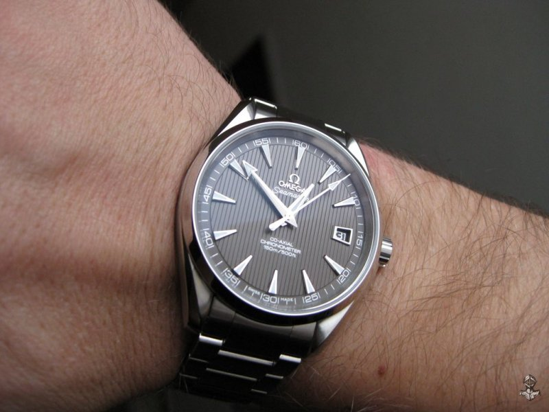 Omega AT teck-grau 10.jpg