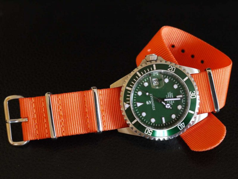 Steinhart Ocean One Green 03.jpg