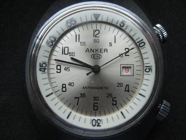 ANKER Innenliegende Lünette 002.JPG