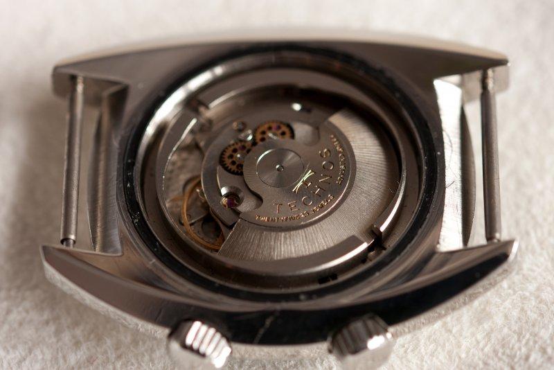 Skydiver - 12 Uhrwerk.jpg