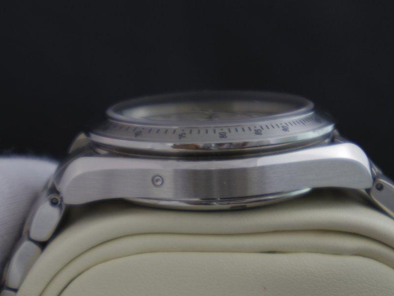 Omega_Speedmaster_Date_40mm_11.JPG