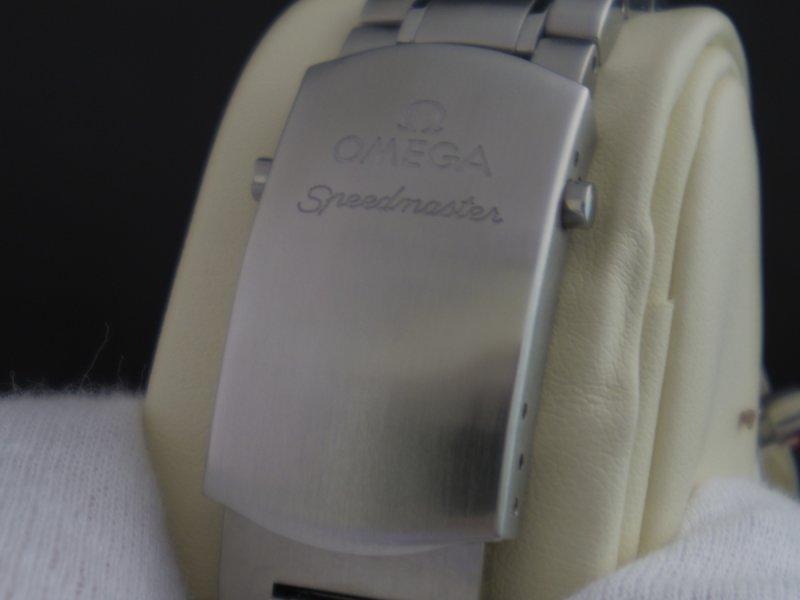Omega_Speedmaster_Date_40mm_12.JPG