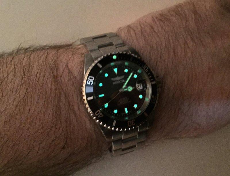 Invicta Pro Diver Lume 02.jpg