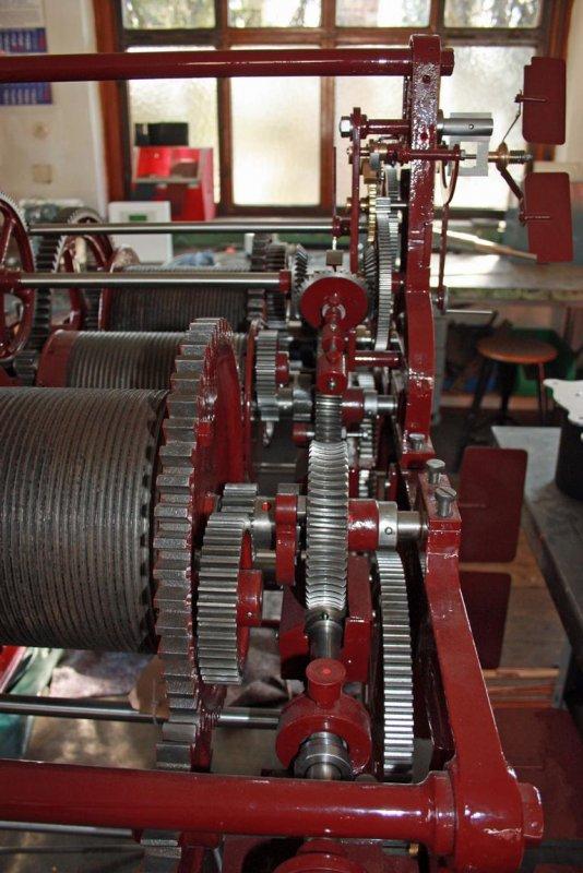 02344-Turmuhrwerk-von-1920.JPG